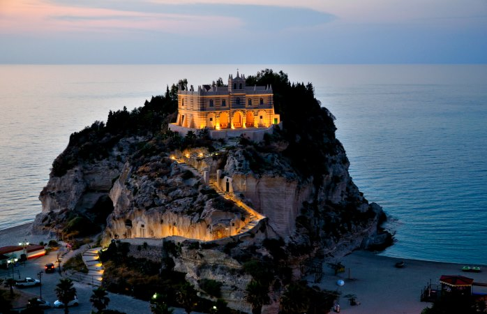 Tropea Night